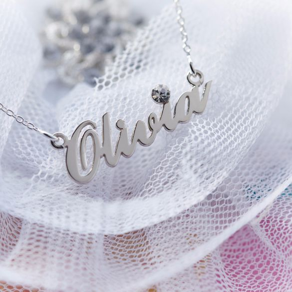 9ct White Gold Carrie Style Personalised Name Necklace With Crystal (Sex & The City)